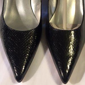 New Bandolino black snakeskin heels, 8.5M